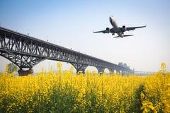 Αεροσκάφη άνοιξη Στοκ φωτογραφία με δικαίωμα ελεύθερης χρήσης
