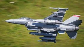 Αεροσκάφη πολεμικό τζετ F-16 Στοκ Φωτογραφίες