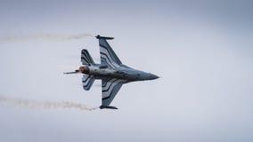 Αεροσκάφη πολεμικό τζετ F-16 Στοκ Εικόνες