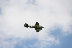 Αεροσκάφη - πρότυπα αεροσκάφη - χαμηλά ακροβατικά φτερών Στοκ Φωτογραφία