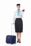 Αεροσυνοδός με ένα διαβατήριο στοκ φωτογραφία με δικαίωμα ελεύθερης χρήσης