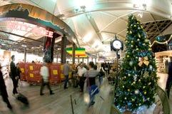Αερολιμένας της Ιστανμπούλ Atatürk - χρόνος Χριστουγέννων Στοκ Εικόνα