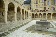 Αζερμπαϊτζάν, Μπακού: Arcades και θρησκευτική θέση ενταφιασμών στην παλαιά πόλη, (Icheri Sheher) - περιοχή παγκόσμιων κληρονομιών Στοκ εικόνες με δικαίωμα ελεύθερης χρήσης