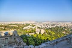 Αθήνα. Είσοδος στην ακρόπολη. Areopagus και πόλη Στοκ Εικόνες