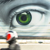 ΑΘΗΝΑ, ΕΛΛΑΔΑ - σύγχρονη τέχνη γκράφιτι στους τοίχους πόλεων Στοκ Φωτογραφία