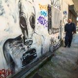 ΑΘΗΝΑ, ΕΛΛΑΔΑ - σύγχρονη τέχνη γκράφιτι στους τοίχους πόλεων Στοκ εικόνες με δικαίωμα ελεύθερης χρήσης