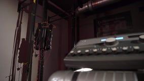 Αθλητικός εξοπλισμός υποκίνησης EMS ηλεκτρο απόθεμα βίντεο