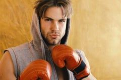 Αθλητισμός και έννοια πάλης άτομο τριχώματος ακατάστ&alpha Στοκ εικόνα με δικαίωμα ελεύθερης χρήσης