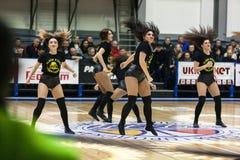 Αθλητισμός καλαθοσφαίρισης στην Ουκρανία, οι ενεργές στιγμές ενός παιχνιδιού Στοκ Εικόνες