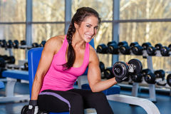 Αθλήτρια στη γυμναστική. Στοκ Εικόνες
