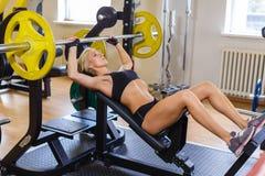 Αθλήτρια στη γυμναστική Στοκ Φωτογραφίες