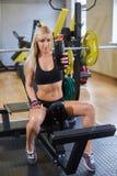 Αθλήτρια στη γυμναστική Στοκ Φωτογραφία