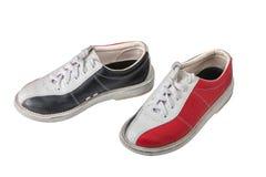 Αθλητικά παπούτσια για το μπόουλινγκ που απομονώνεται στο άσπρο υπόβαθρο Στοκ Εικόνες
