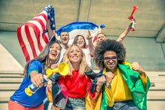 Αθλητικοί υποστηρικτές στο στάδιο Στοκ Εικόνες