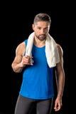 Αθλητικός τύπος με την πετσέτα στο λαιμό Στοκ Φωτογραφίες