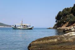 αιγαία θάλασσα βαρκών Στοκ φωτογραφία με δικαίωμα ελεύθερης χρήσης