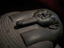 Αιγυπτιακή Σαρκοφάγος της μαύρης πέτρας Στοκ Εικόνες