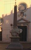Αιγυπτιακός οβελίσκος με τον ελέφαντα από Bernini και τη βασιλική Αγίου Mary επάνω από το sopra Minerva της Σάντα Μαρία εκκλησιών Στοκ Φωτογραφία