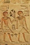 αιγυπτιακός τοίχος πετρών γλυπτικών Στοκ Εικόνες