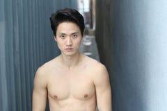Αισθησιακός ασιατικός στενός επάνω γυμνοστήθων ατόμων Στοκ φωτογραφίες με δικαίωμα ελεύθερης χρήσης