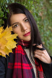 Αισθησιακό κορίτσι φθινοπώρου Στοκ Φωτογραφίες