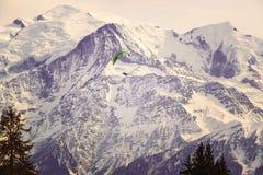 Αιχμές βουνών στη Γαλλία ορών στοκ φωτογραφία με δικαίωμα ελεύθερης χρήσης