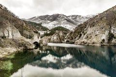 Αιχμές χειμερινών βουνών Στοκ εικόνες με δικαίωμα ελεύθερης χρήσης