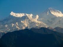 Αιχμές Annapurna ΙΙ και Annapurna IV, Ιμαλάια, Νεπάλ βουνών Στοκ Εικόνες
