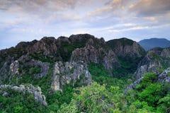 Αιχμή βουνών στην Ταϊλάνδη Στοκ Εικόνα