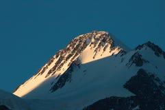 αιχμή βουνών Στοκ φωτογραφία με δικαίωμα ελεύθερης χρήσης