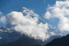 Αιχμή νότιων βουνών Annapurna στο χωριό Ghorepani, Annapurna, Π Στοκ Φωτογραφίες