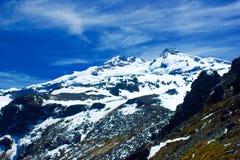 Αιχμηρά βουνά Στοκ φωτογραφίες με δικαίωμα ελεύθερης χρήσης