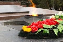 Αιώνια φλόγα μνημείων Στο τετράγωνο των πεσμένων μαχητών Στοκ Εικόνες