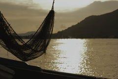 Αιώρα της αλιείας και του φυσικού τοπίου της λίμνης Songkhla Στοκ Εικόνα