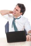 Ακαμψία, πόνος στην πλάτη και πόνος λαιμών επειδή υπερωρίες στην εργασία Στοκ φωτογραφία με δικαίωμα ελεύθερης χρήσης