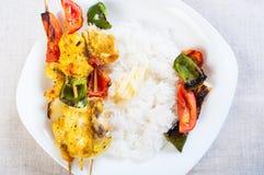Κοτόπουλο kebab έτοιμο να είναι σχάρα Στοκ Εικόνα