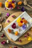 Ακατέργαστα οργανικά εδώδιμα λουλούδια Στοκ εικόνες με δικαίωμα ελεύθερης χρήσης