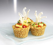 Ακατέργαστα τρόφιμα - cupcake Στοκ εικόνα με δικαίωμα ελεύθερης χρήσης
