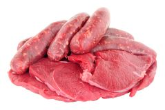 Ακατέργαστα Venison μπριζόλες και λουκάνικα κρέατος Στοκ εικόνα με δικαίωμα ελεύθερης χρήσης
