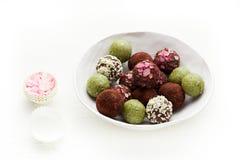 Ακατέργαστες σπιτικές τρούφες καραμελών Στοκ φωτογραφία με δικαίωμα ελεύθερης χρήσης
