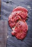 ακατέργαστη μπριζόλα βόει&o Στοκ Εικόνες