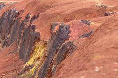 Ακατέργαστος βωξίτης ορυχείων βωξίτη στην επιφάνεια Στοκ Εικόνα