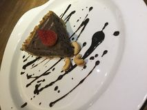 Ακατέργαστο κέικ σοκολάτας Mousse πίτα στοκ φωτογραφία