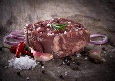 Ακατέργαστο κόντρα φιλέτο βόειου κρέατος Στοκ Εικόνες