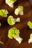 Ακατέργαστο οργανικό πράσινο κουνουπίδι μπρόκολου Στοκ Εικόνα