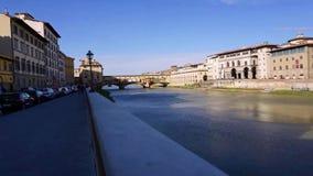 Ακολουθία υπερβολικός-σφάλματος που πλησιάζει Ponte Vecchio στη Φλωρεντία απόθεμα βίντεο