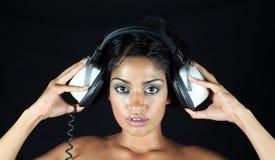 ακουστικό κοριτσιών Στοκ εικόνες με δικαίωμα ελεύθερης χρήσης