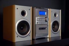 Ακουστικό συμπαγές συστατικό μίνι στερεοφωνικό σύστημα στοκ φωτογραφία