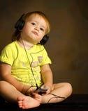 ακούει μουσική Στοκ Φωτογραφία