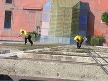 ακραίο παράθυρο πλύσης εργασίας Στοκ φωτογραφία με δικαίωμα ελεύθερης χρήσης